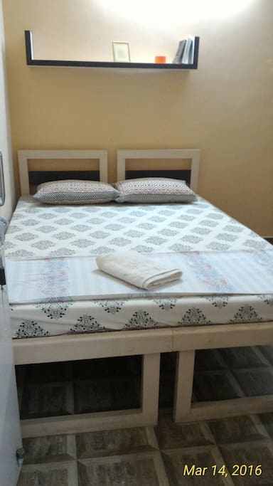 Double bed with a cool comfortable mattress.