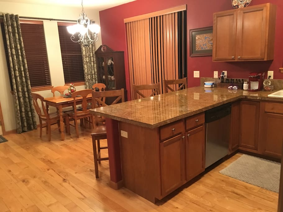 Granite Counter tops and Dining Room
