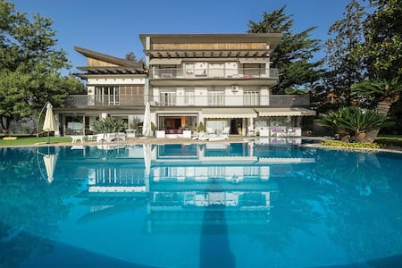 With private pool on the Etna-flanks (20 sleeps) - Trecastagni - Vila