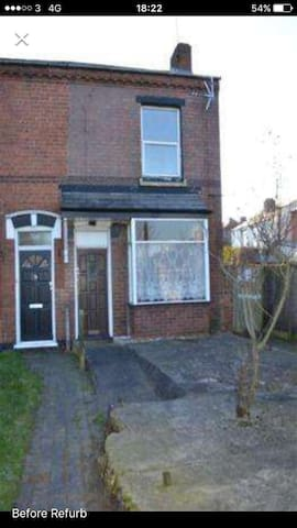 Spacious house, Close to Birmingham city centre,