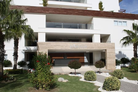 Babylon Beach 1 Bedroom Luxury Apartment - Ilıca Belediyesi