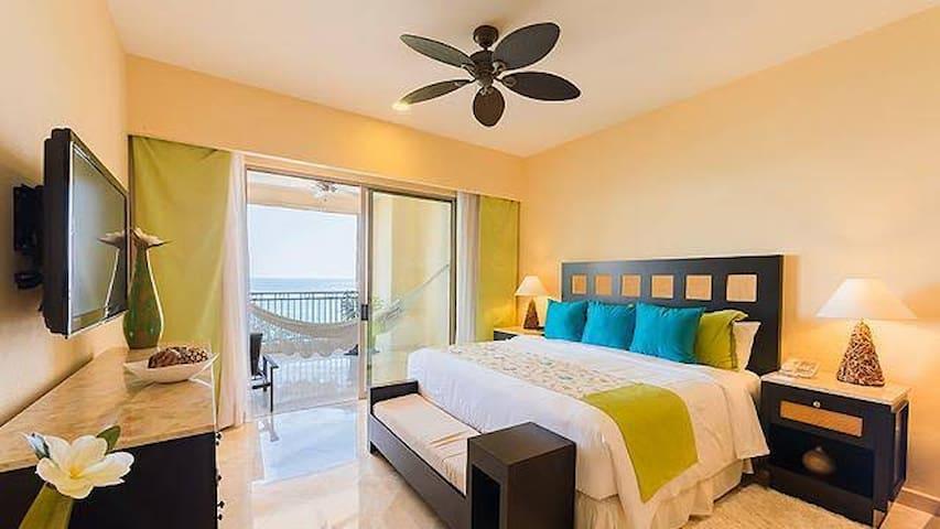 Beautiful Resort in Puerto Vallarta - Garza Blanca