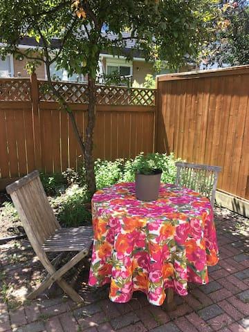 Enjoy a coffee in our little backyard!