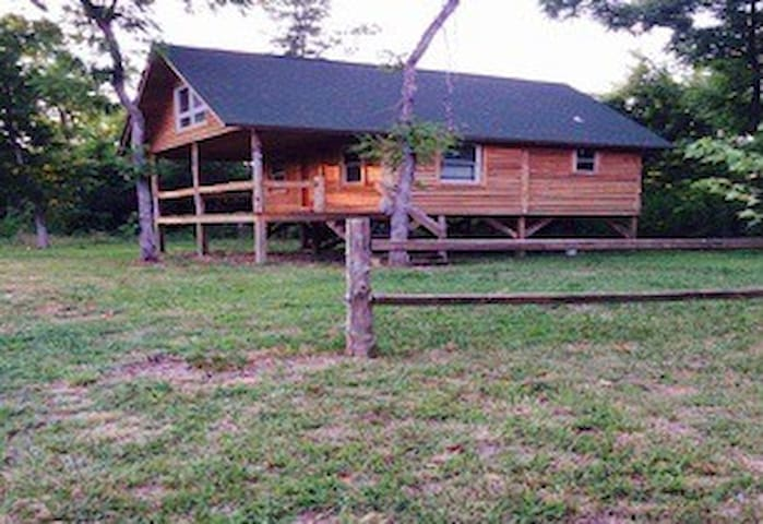 The Black River Cabins - Cabin #2