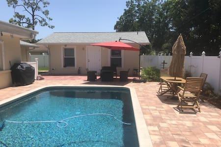 Sarasota Pool House