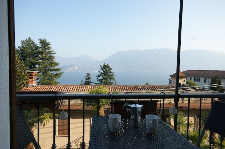 Magia Lago 2-room-flat lakeview