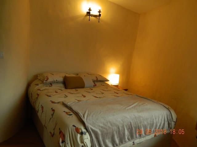 Bedroom 1 - king - first floor