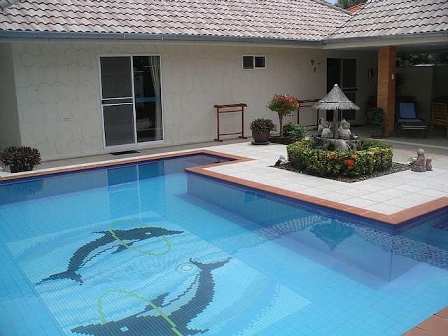 Baansiesom 2 Bedroom private pool villa. - Pran Buri - Villa