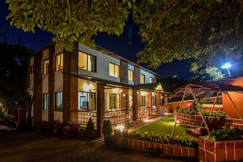 6 bedroom villa in Mahabaleshwar - Sanitised