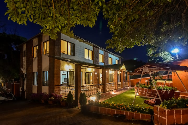 6 bedroom villa in Mahabaleshwar - Sanitised