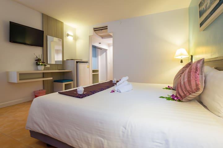 On Hotel Phuket (Nearest to the Beach)Superior