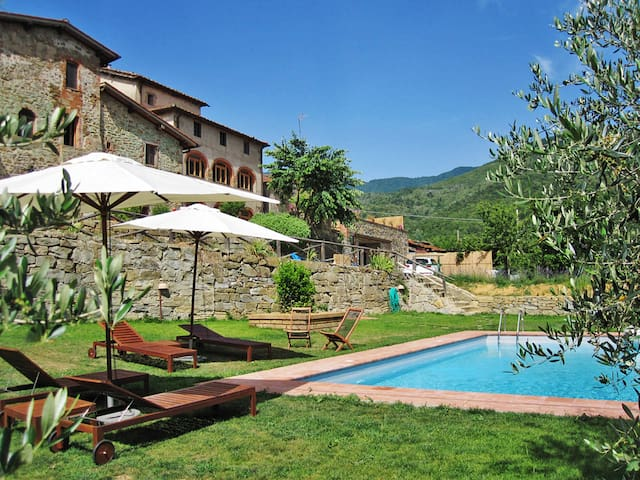 House Borgo La Cella for 4 persons