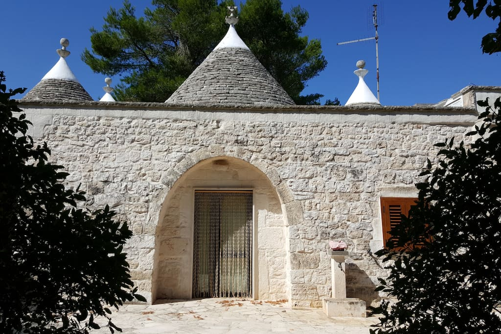 Entrance to Trulli Bedroom 2
