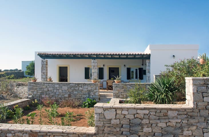 Spacious, cosy house in Kythira island - Greece