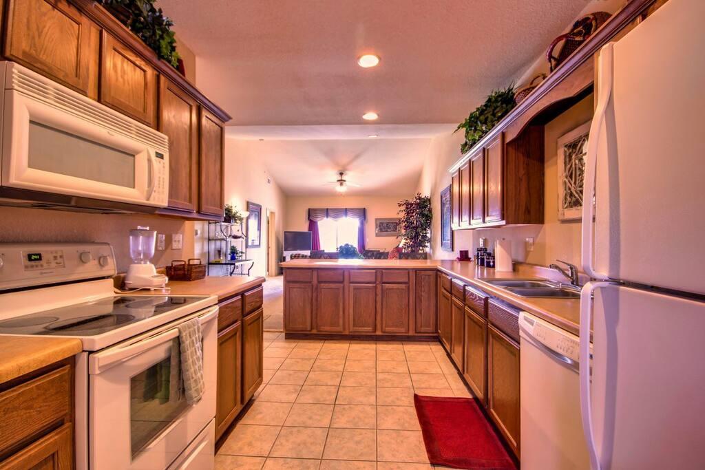 Branson Condo Rental | Thousand Hills | Kitchen