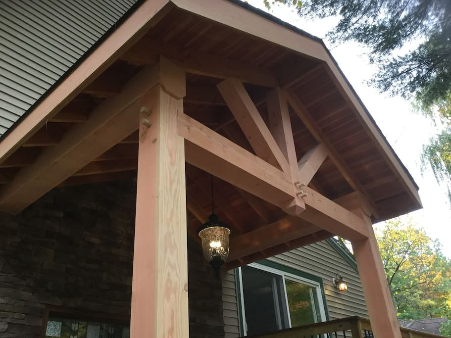large post and beam entry way