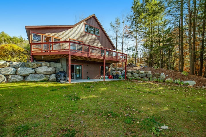 Gorgeous, lakefront home w/ a firepit, two living areas, & a sunroom