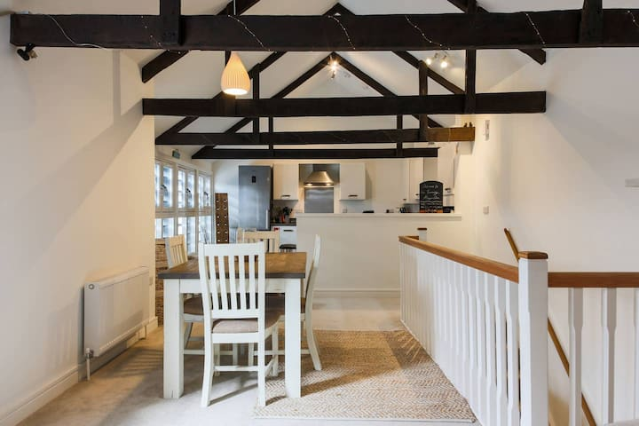 Historic Cornish Tannery Barn Conversion