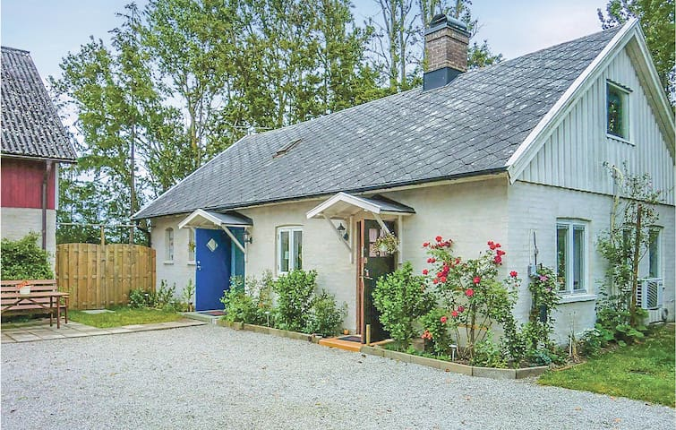 Former farm house with 2 bedrooms on 60m² in Tågarp