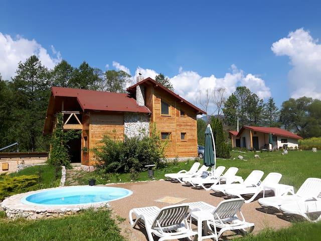Transylvania Holiday Home - Vălișoara - Haus