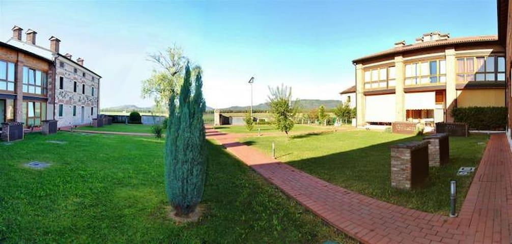 Loft vicino ai Castelli di Giuliettra e Romeo - Montecchio Maggiore-Alte Ceccato - Loft