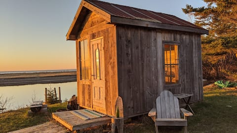 Cozy Ocean Side Rustic Cabin