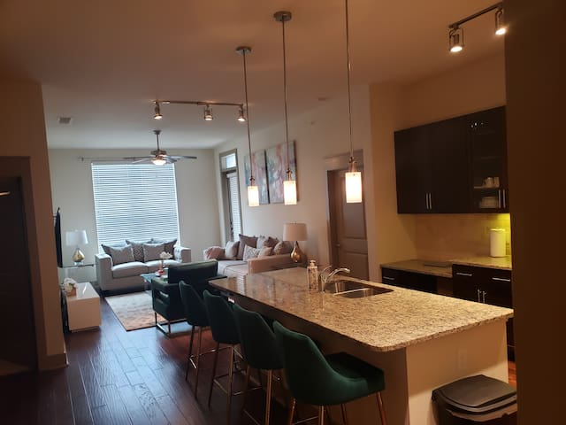luxury uptown private room