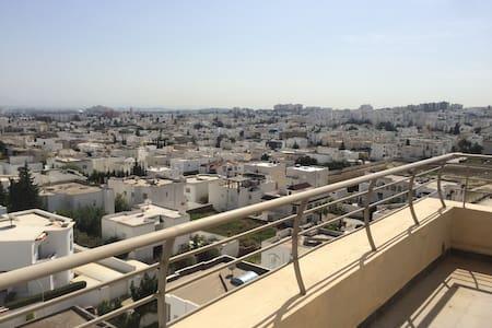 Luxury apartment in Tunis Ennasr, Magnificent view - Ariana - Apartamento
