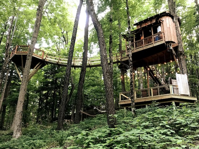 Welcome to the magical Chez' Tree Rest Treehouse!