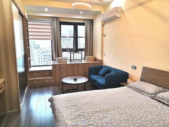 市中心品质公寓爱山街道银泰衣裳街观凤精品公寓