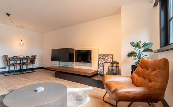 Welcome To The Beach Loft only 2min from the beach