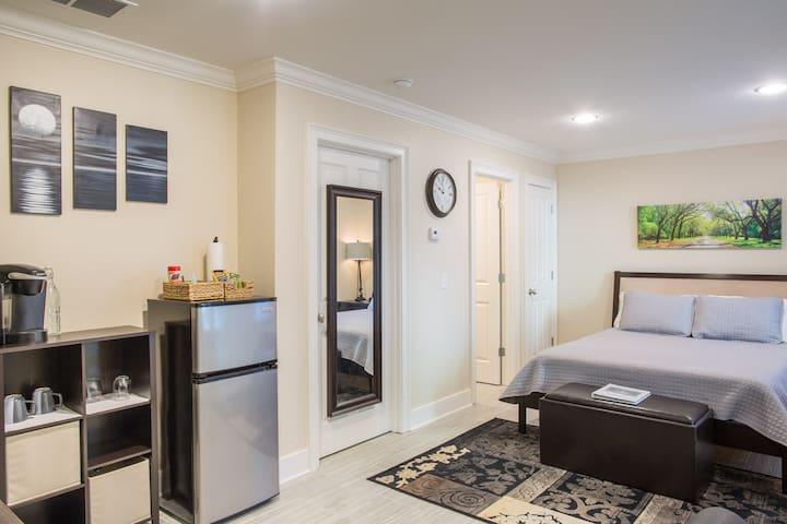Private Garden Apartment - Savannah - Apartament