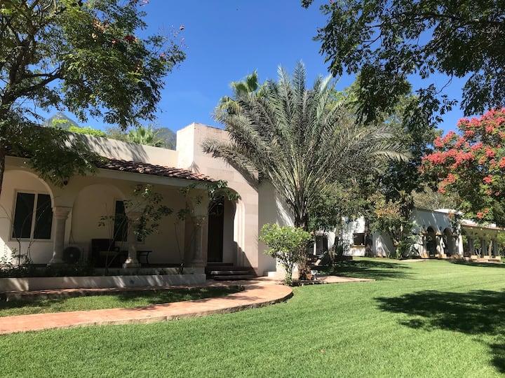 Hermosa Quinta Bellos Jardines ideal para descanso