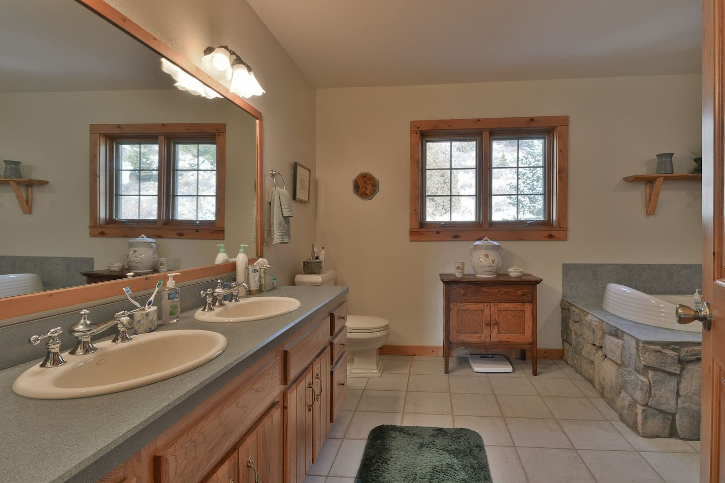 IN SUITE BATH WITH SHOWER AND TUB