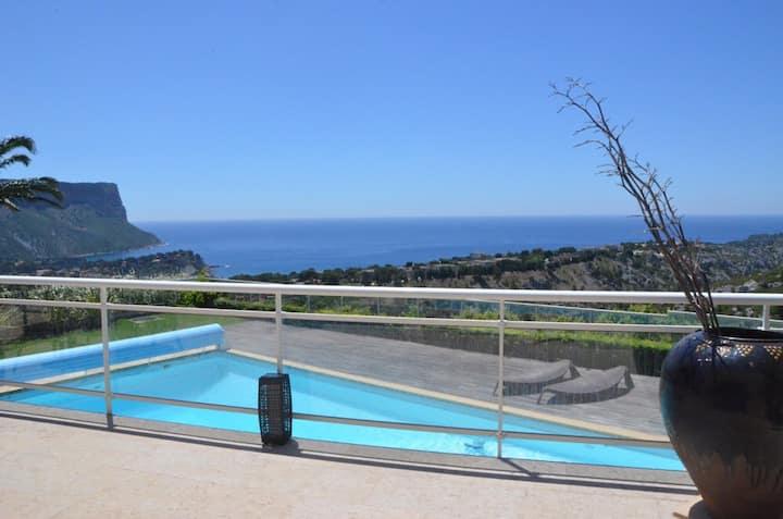 Fantastic vue on the calanques