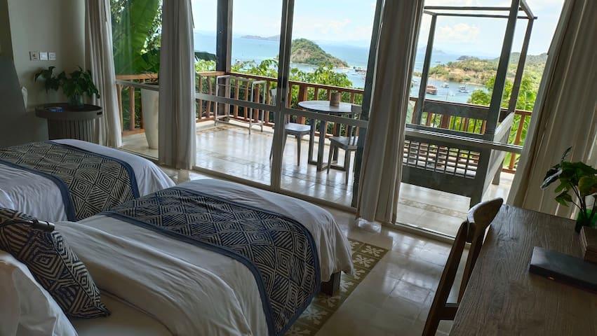 Harbourmaster Suite (twin beds)