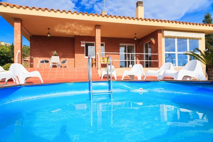 Villa Margarita - Con vistas al mar y Piscina!!