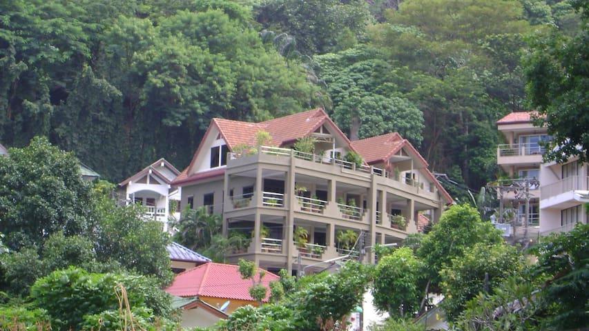 100 M2 1 bedroom penthouse Kata Beach - Tambon Karon - Wohnung