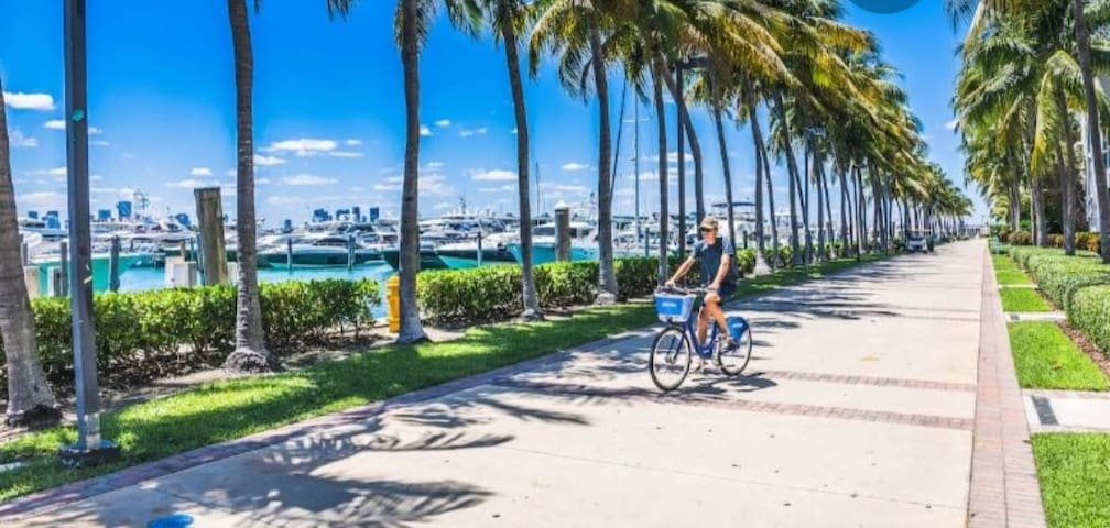 South Beach/Downtown Miami 3.1 (Bedroom)