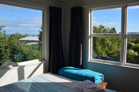 Sunny studio with views in Tasman - Richmond - Apartamento