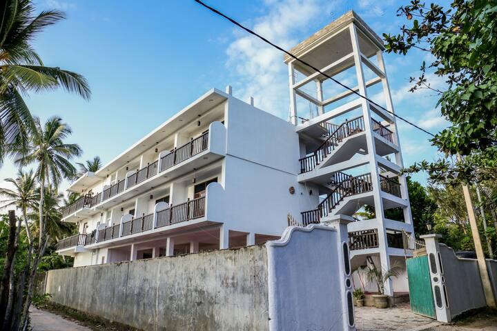 Lakma Sea View Guest House