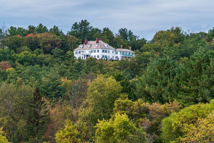 Stay at the largest Colonial Revival Mansion in US