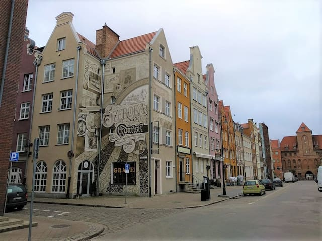 Gdansk, Old Town, Szeroka Apartment