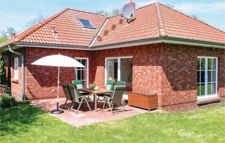 Holiday cottage with 2 bedrooms on 105m² in Ahrenshagen OT Tribohm