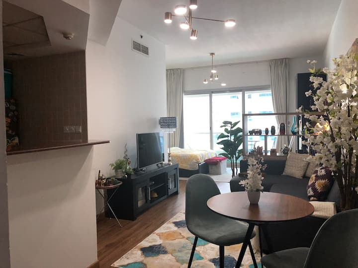 Cozy apartment in Marina -near JBR & Metro station