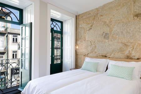 Irresistible bedroom in the center - Porto - Hus