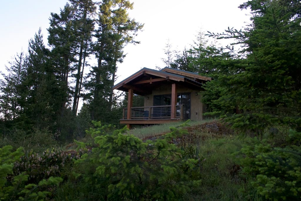 Deception pass retreat cabins for rent in anacortes for Washington state cabins for rent