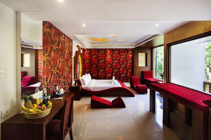 The Honeymoon Suite for a Rejuvenating Experience