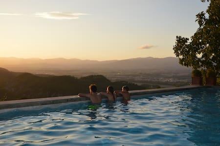 Rural Tuscany | Family house on Capitignano estate