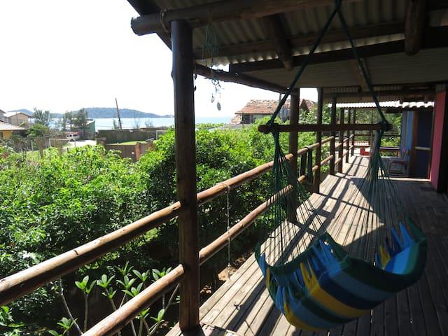 Chalé - Praia a 50m - Vista para Ilha do Campeche